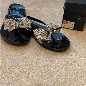 Rhinestone bow sandals 💎